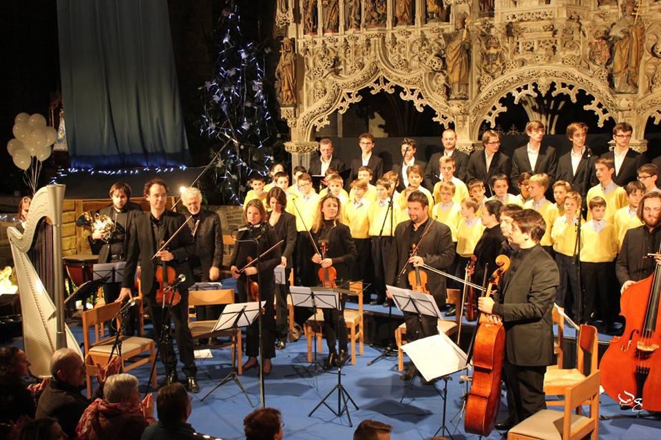 Noëls d'ici et d'ailleurs – Le chœur des Pastoureaux accompagné par l'orchestre I Virtuosi di Waterloo